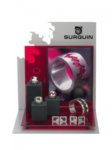 BAN26 - Surquin product display